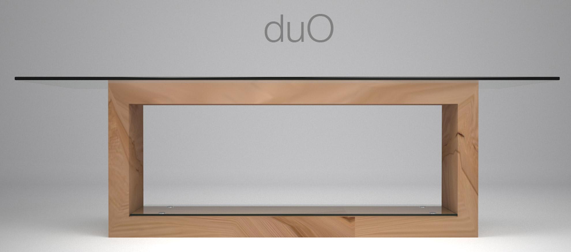 Tavolo in legno e cristallo duo architetto andrea bella for Studio architettura interni torino