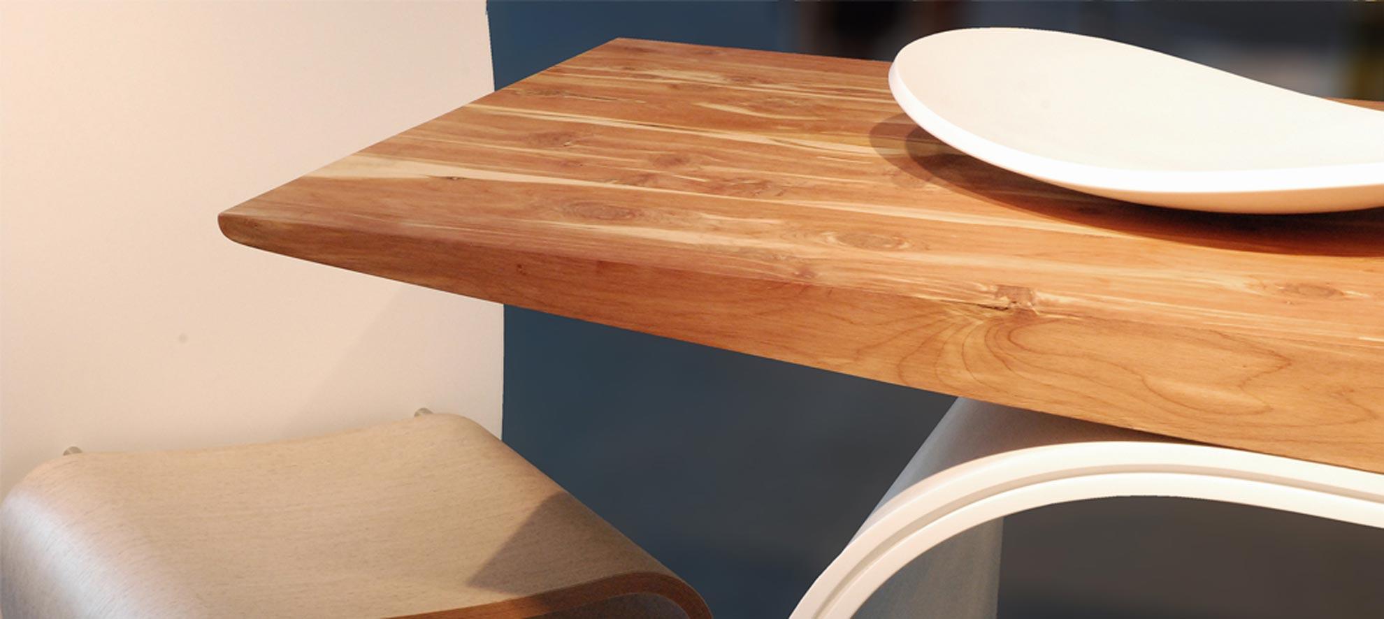 Tavolo in legno vela architetto andrea bella for Studio architettura interni torino