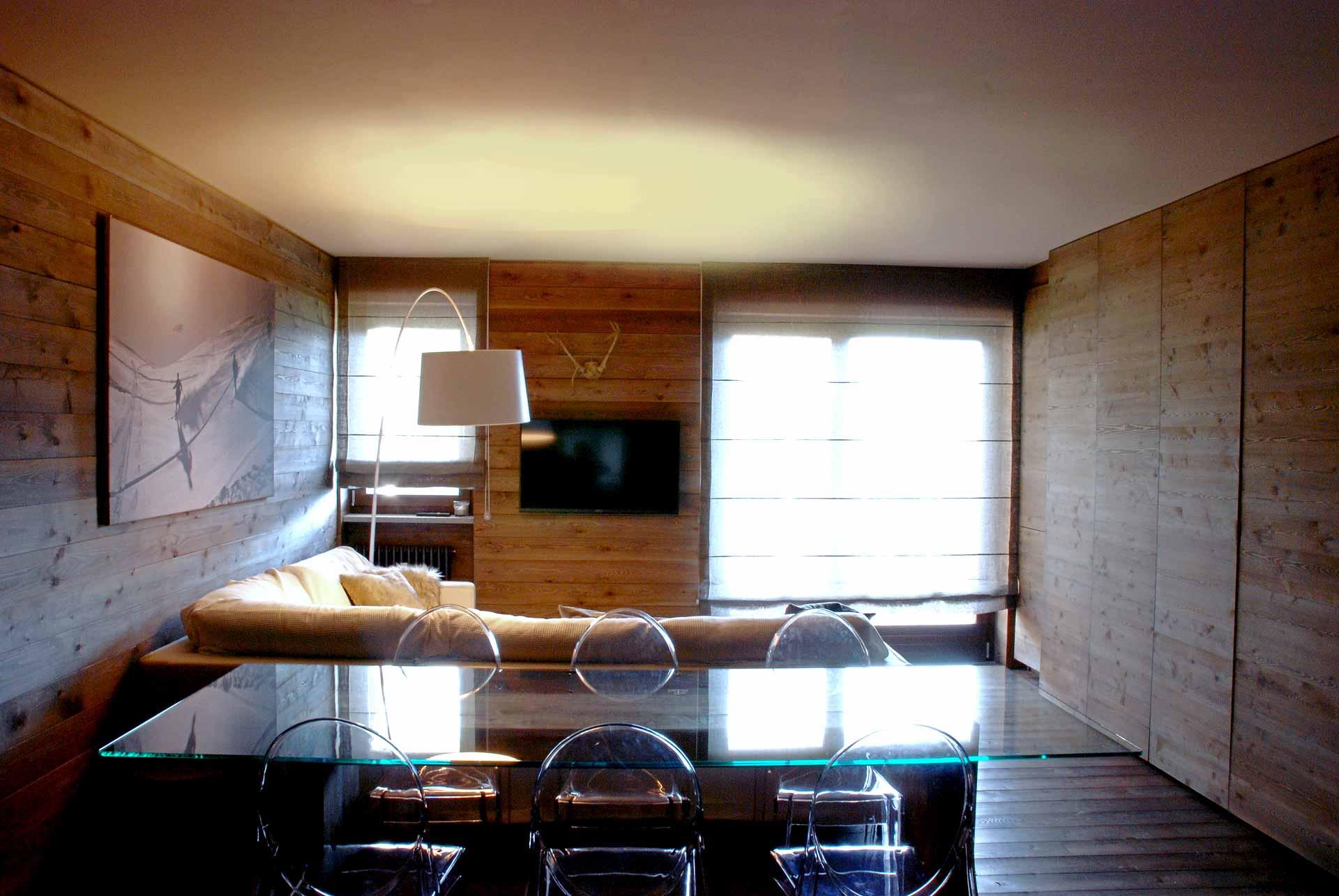 Casa di montagna in legno architetto andrea bella for Studio architettura interni torino